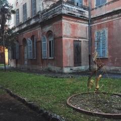 © Marco Grattarola, Ex Ospedale Psichiatrico, Corte centrale, Genova, 2018