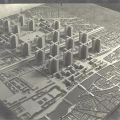 "© Le Corbusier Foundation, ""Plan voisin"" model , 1925, da: www.fondationlecorbusier.fr"