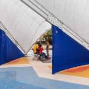 © Delfino Sisto Legnani/Marco Cappelletti, Maidan Tent, Ritsona/Grecia, Dettaglio separazione degli spicchi, Fotografia, 2018, da: www.maidantent.org
