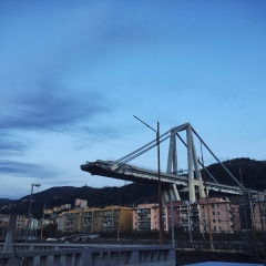 © Marco Grattarola, Ponte Morandi, Una Città divisa, Genova, 2018