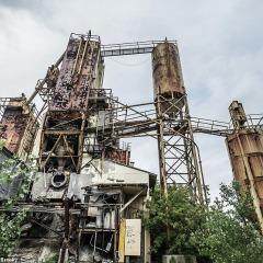 © Mediadrumimages, Kyle Brooky, Clawson Concrete Plant No. 8, 2019, da: www.dailymail.co.uk